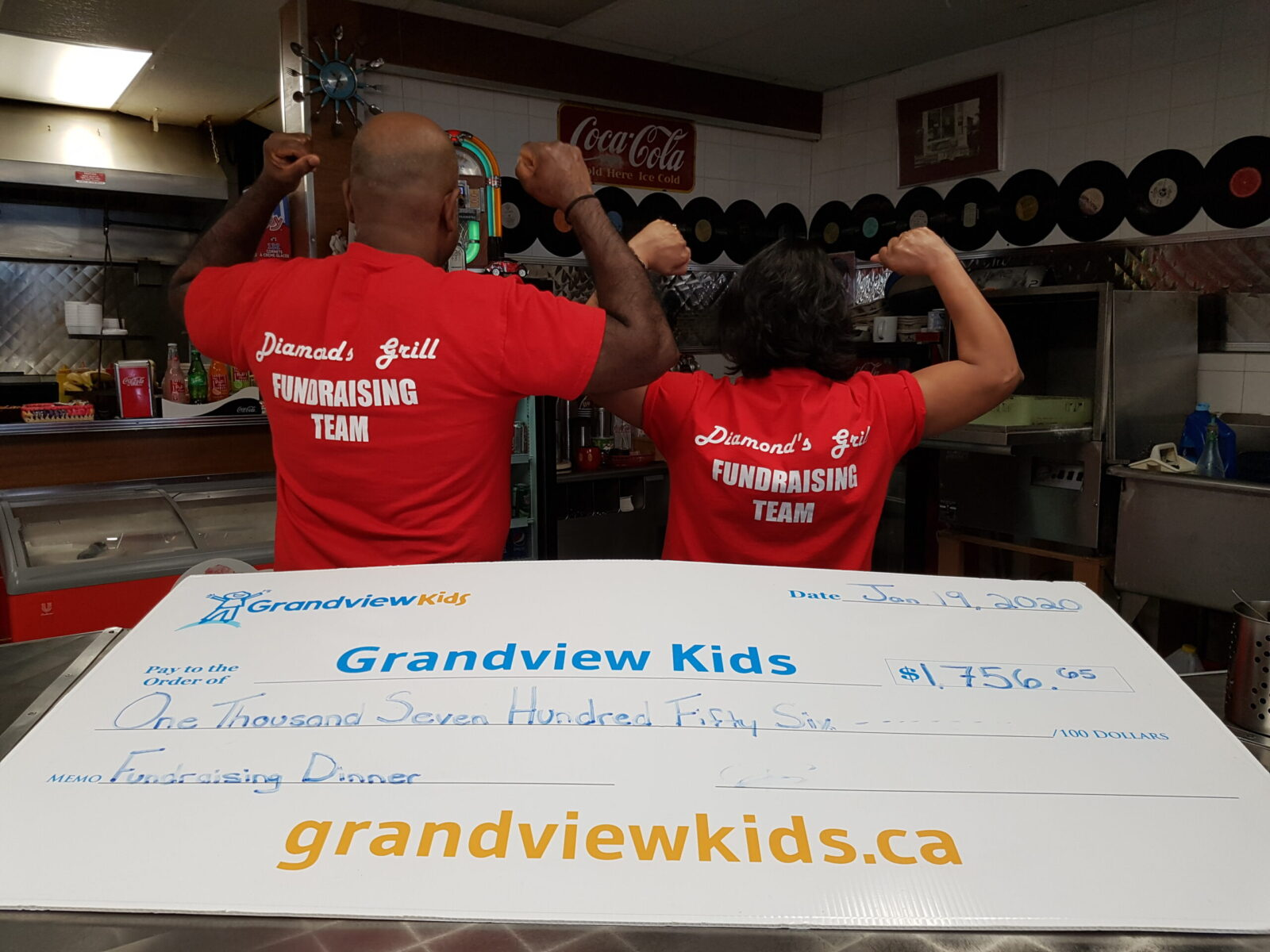 Diamond's Grill Gives Back!